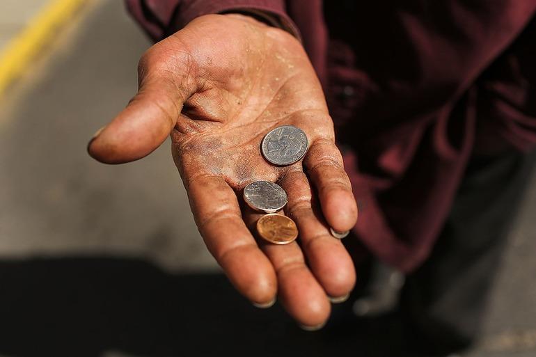 Бедность это в обществознании